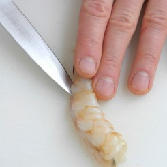 Cleaning Prawns_step4_2