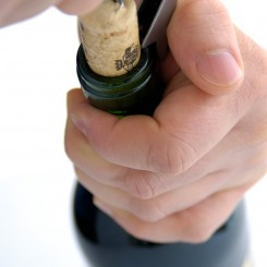 corking wine_step3