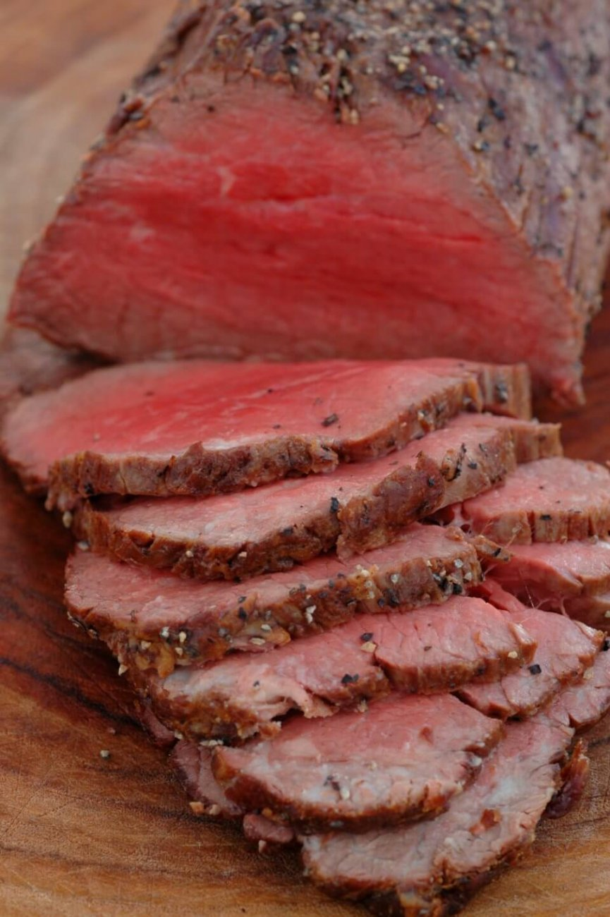 PEPPER CRUSTED ROAST BEEF TENDERLOIN