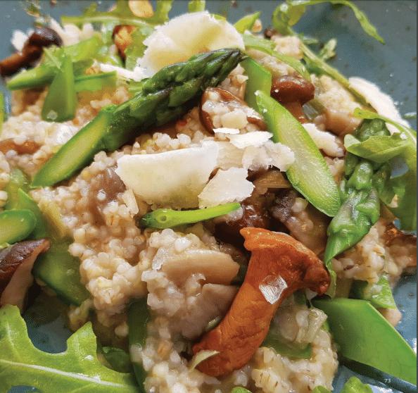 Barleycorn Risotto with Champignon Mushrooms and Sugar Snap Peas