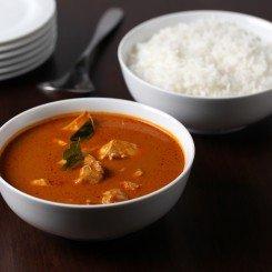Mangalorean Chicken Curry (Kori Gassi)