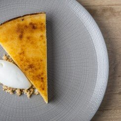Lemon Tart – Italian Leafy Lemons with Crème Fraiche
