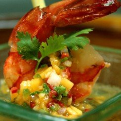Steamed-Prawns-with-Papaya-Honey-Salsas
