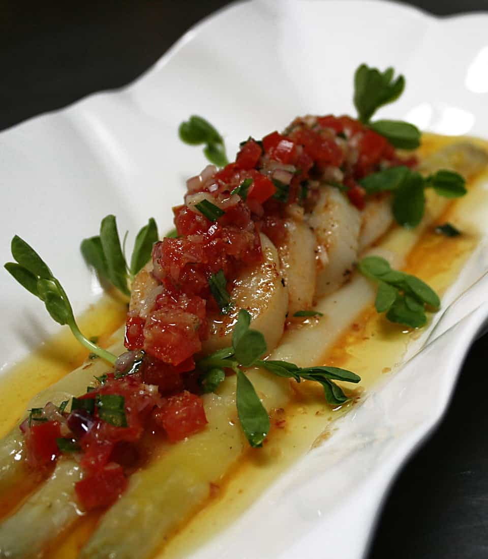 White Asparagus & Seared Scallops in Tomato-Tarragon Vinaigrette