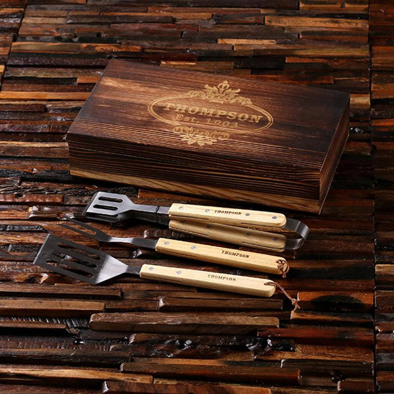 Personalized wooden grill set